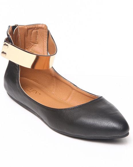 Fashion Lab - Women Black Vedette Pointy Toe Flat Metal Plate Detail