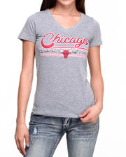 NBA MLB NFL Gear - V-Neck Bulls Tee