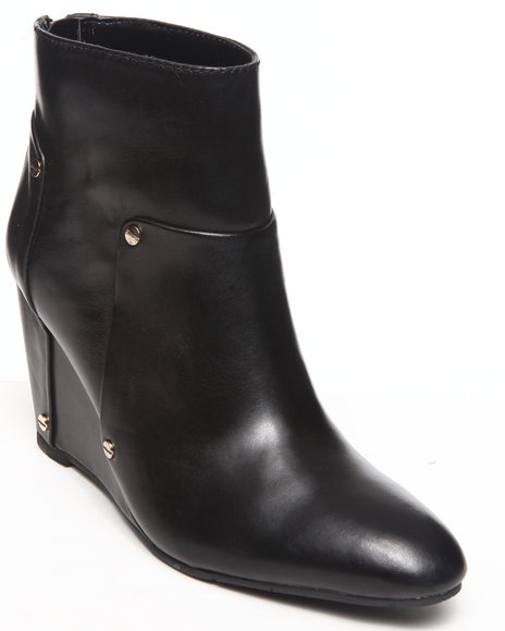 Dv By Dolce Vita - Women Black Pavin Wedge Bootie