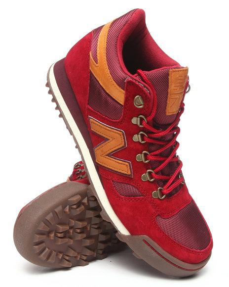 New Balance - Men Maroon H710 Base Camp Sneakers