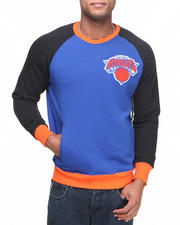 Men - New York Knicks Creewz Crew Neck Sweatshirt