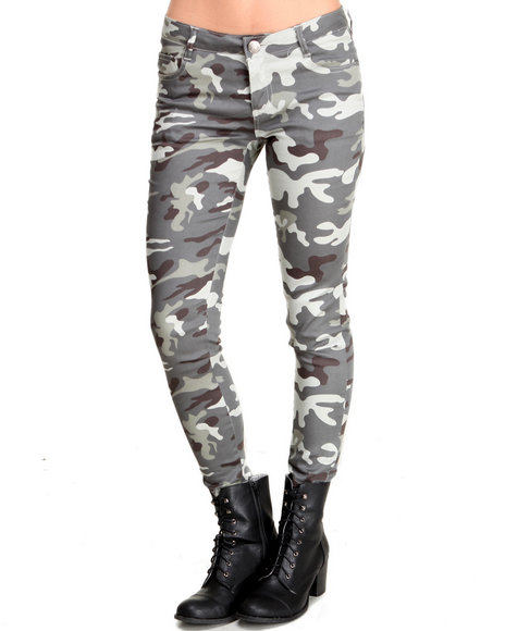 Basic Essentials - Camo Trench Skinny Jean