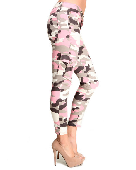 Basic Essentials - Women Camo In The Reserve Camo Skinny Jean