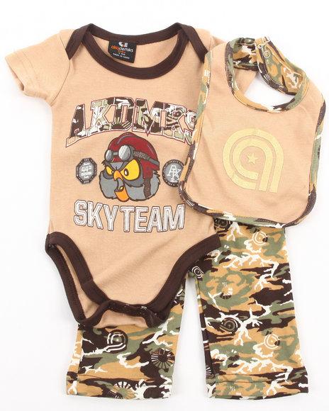 Akademiks - Boys Camo 3 Pc Set - Bodysuit, Pants, & Bib (Newborn)
