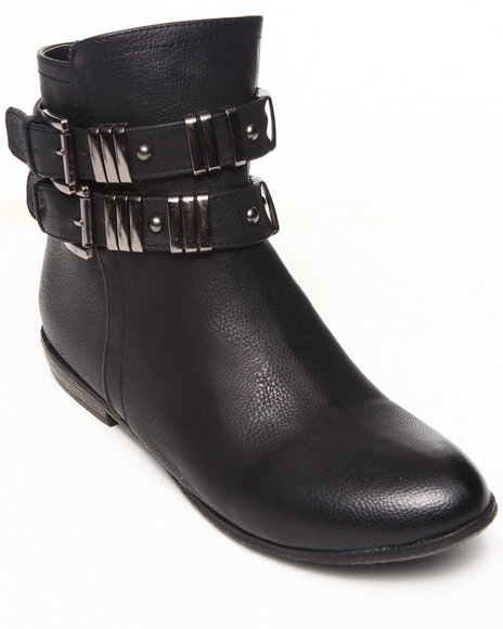 Fashion Lab - Women Black Always Sunny Bootie W/Metal Detail At Ankle