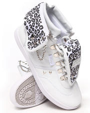 Women - Sugar Swirl D-Ring Sneaker