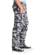 Men - Ace Cargo Black Gridley Camo Pants