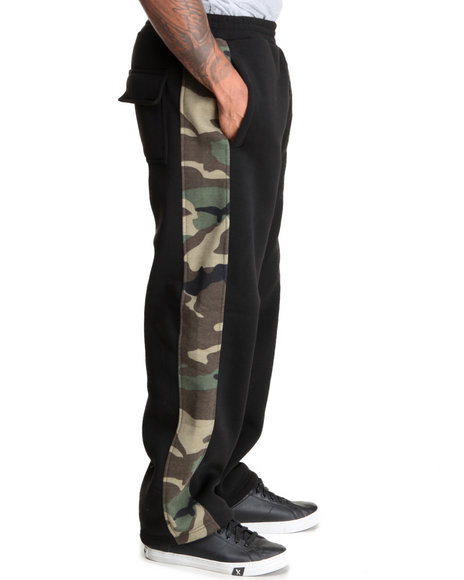 Basic Essentials - Men Camo,Black Camo Sweatpants