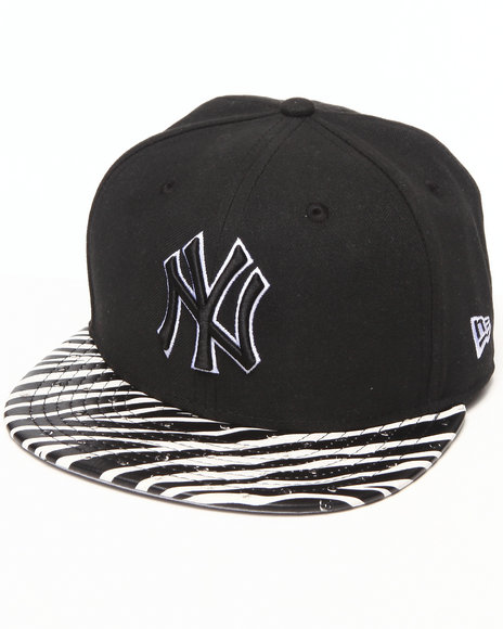 New Era Black New York Yankees Ostrich Vize Zebra Strapback Hat