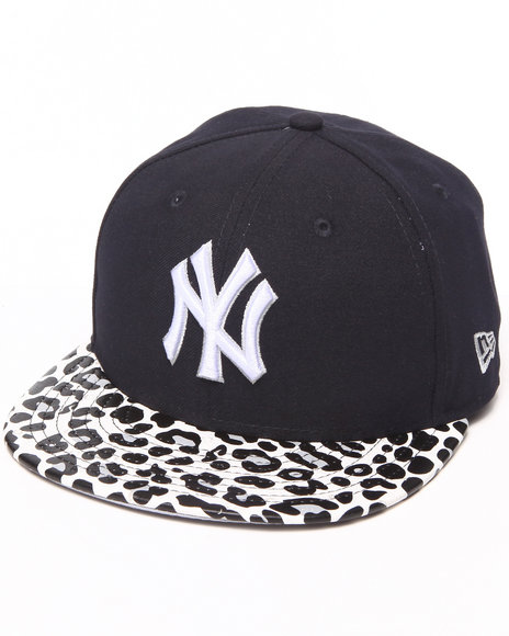 New Era Navy New York Yankees Ostrich Vize Leopard 950 Strapback Hat