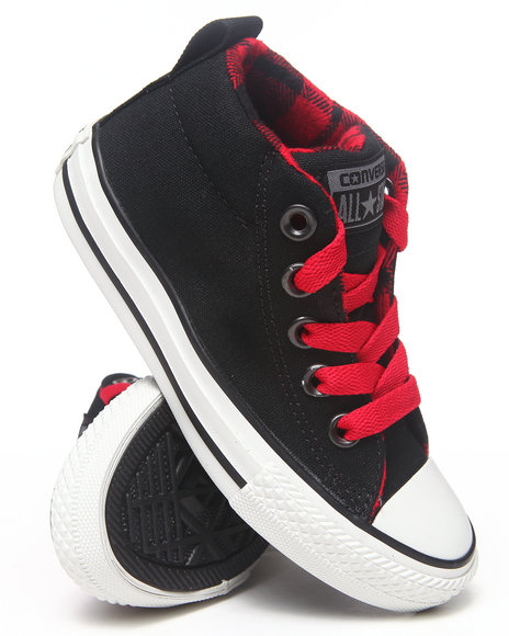 Converse Girls Black Chuck Taylor All Star Street (11-3)