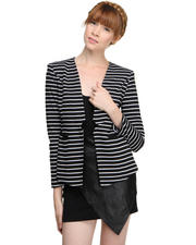 Elliatt - SLEEK STRIPE BLAZER