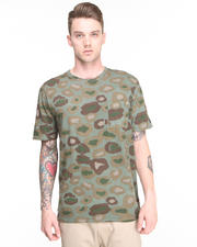 Men - Cats w/ Guns Camo Tee