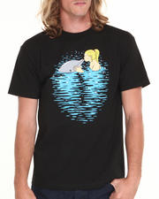 Men - Girl Kissing Dolphin Tee