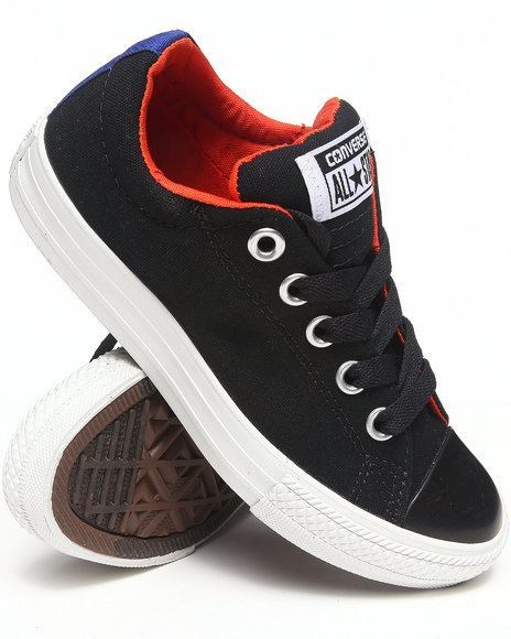 Converse Boys Black Chuck Taylor All Star Street Sneakers (11-6)