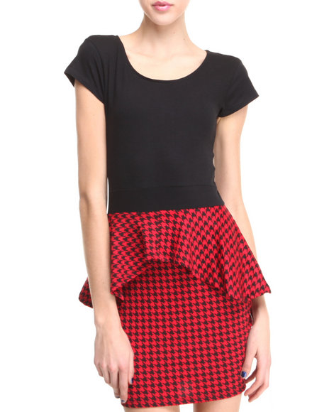 Apple Bottoms - Women Red S/S Houndstooth Peplum Dress - $13.99