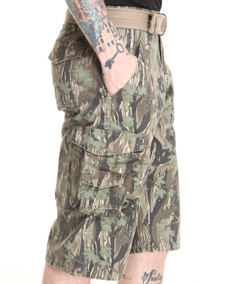 Basic Essentials - Men Camo Forest Camo Cargo Shorts