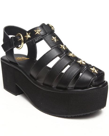 Y.R.U. Multi Charriot Sandal W/Stars