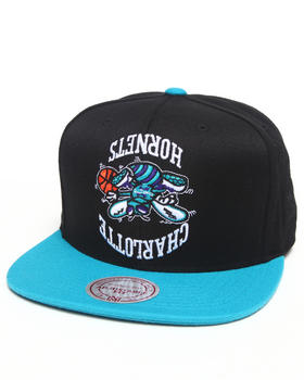 Hall of Fame - Hall of Fame x Mitchell & Ness Charlotte Hornets Upside Down Snapback Cap