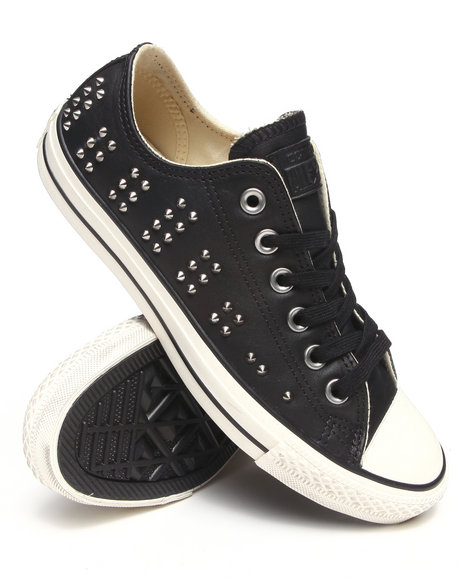 Converse Women Chuck Taylor Elevated Studs All Star Sneakers Black 7