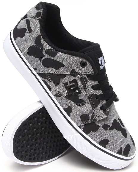 Dc Shoes - Men Camo Bridge Tx Se Sneakers - $55.99