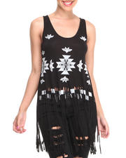 Fashion Lab - Wild For Tonight Graphic Print Tank Top w/ Fringed Bottom