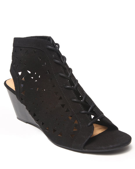 Xoxo - Women Black Sammy Faux Suede Gladiator Sandal
