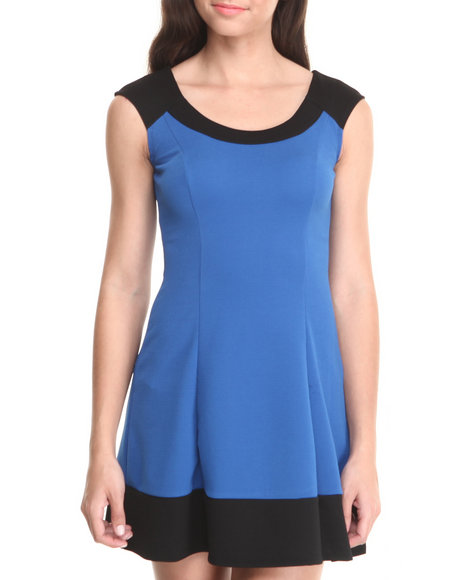 Paperdoll - Women Black,Blue Mod Colorblock Knit Dress - $13.99