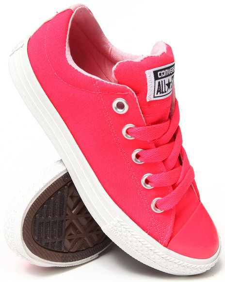 Converse Girls Pink Chuck Taylor All Star Street (11-6)