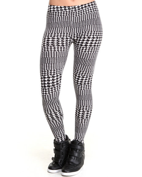 Rampage - Women Black,White Houndstooth Geo Legging - $8.99