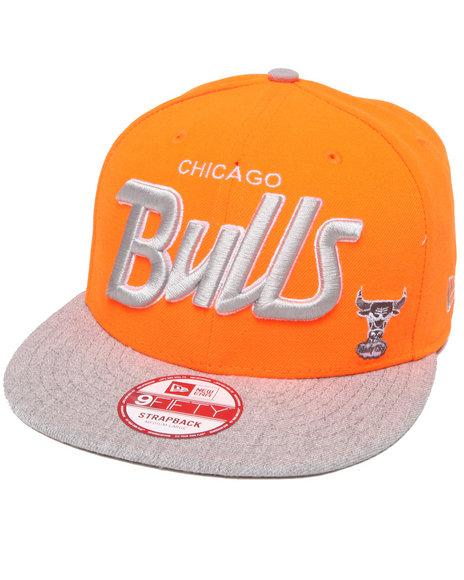 New Era - Men Grey,Orange Chicago Bulls Team Script Heather 5950 Strapback Hat