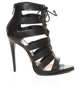 -FEATURES- - FERMINA SANDAL