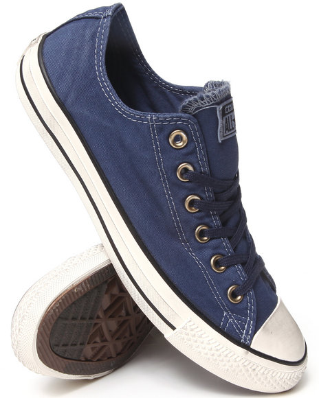 Converse - Men Navy Washed Canvas Chuck Taylor All Star Ox Sneakers