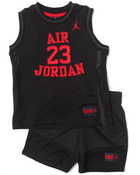 Air Jordan Boys Black Legacy Short Set (2T-4T)