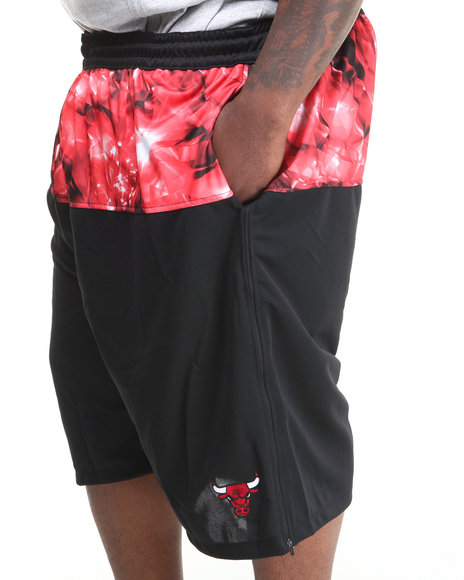 Nba, Mlb, Nfl Gear - Men Black Chicago Bulls Emerald Drawstring Short (B&T)