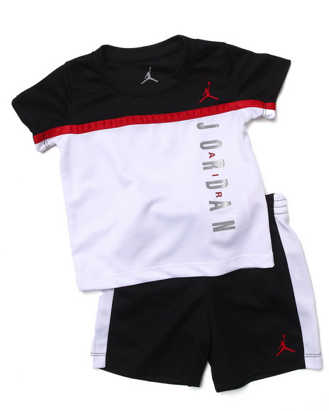 Air Jordan - Boys Black Split Level Short Set (Infant)