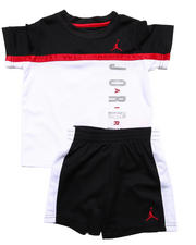 Air Jordan - SPLIT LEVEL SHORT SET (2T-4T)