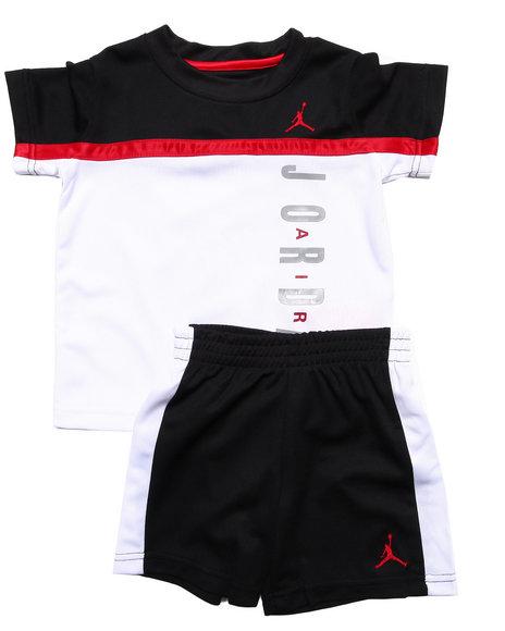 Air Jordan - Boys Black Split Level Short Set (2T-4T)