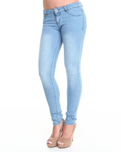 Basic Essentials - Women Light Wash Bleach Blue Five Pocket Skinny Jean