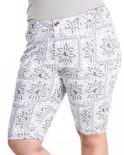 Fashion Lab - Bandana Print Bermuda Shorts (Plus)