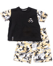 Akademiks - 2 PC SET - CAMO RAGLAN & CAMO SHORTS (INFANT)