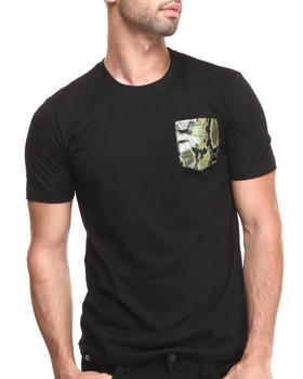 Akademiks - Clipper Short Sleeve Tee w/ Green Vegan Leather Snake Skin Pocket