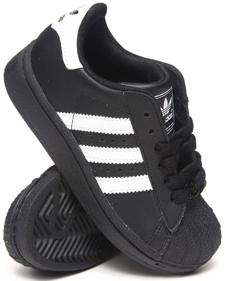Black Shell Top Adidas Sneakers