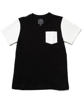 Akademiks - SOLID TEE W/ MESH FAUX LEATHER SLEEVES (8-20)