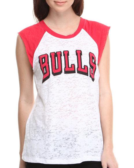 Nba Mlb Nfl Gear - Women White Chicago Bulls Old School Tee