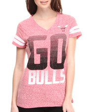 NBA MLB NFL Gear - Chicago Bulls Vintage V-Neck Tee