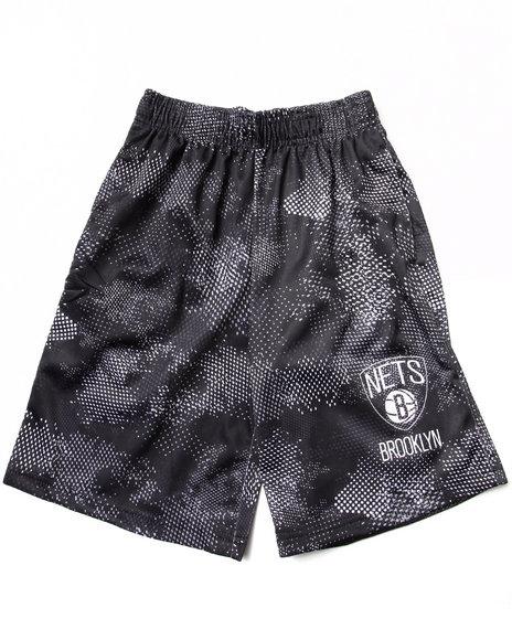 NBA MLB NFL Gear Boys Black Brooklyn Nets Digi Camo Shorts (8-20)