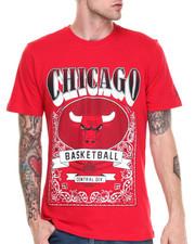 NBA, MLB, NFL Gear - Chicago Bulls Raiders Tee