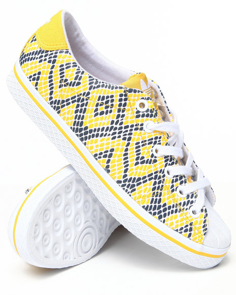Adidas - Women Yellow Vul Star Lo Ef W Sneakers