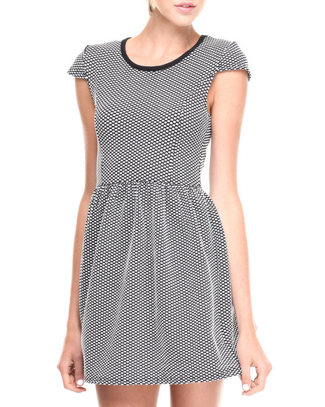 Fashion Lab - Women Black Textured Short Sleeve Fit & Flare Dress